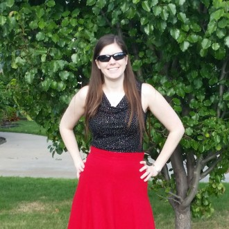 Gabriola Skirt in Look at Me Red